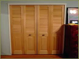 Custom Louvered Closet Doors Louvered Sliding Door For Closets Islademargarita Info