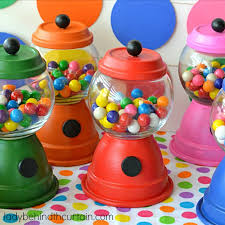 gumball party favors diy gumball machine party favors the curtain gift