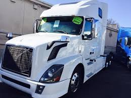 truck volvo used 2011 volvo vnl64t670 for sale 1106