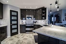 Kitchen Cabinets Regina Full Height Backsplash And Quartz Countertops Luxury Granite