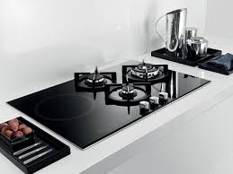Whirlpool Gold Gas Cooktop The Whirlpool Akt 477 Ix Black Gas On Glass Hob Features Three