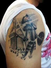 20 personas que decidieron tatuarse sus libros favoritos upsocl