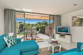 2 cook apartments clarkes byron holiday rentals