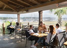 17 coastal kitchen seafood and bar st simons island