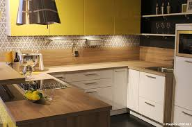 le plan de travail cuisine quel matériau choisir pour le plan de travail de votre cuisine