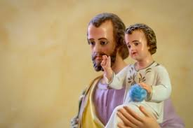 Bury St Joseph In Backyard Will Burying A St Joseph Statue Make Your Home Sell Faster
