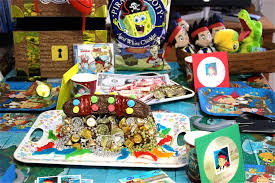 Pirate Cake Decorations Gives Shiver To The Guests By Choosing Pirate Decorations The