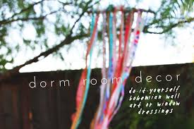 Dorm Wall Decor by Diy Dorm Room Decorations With Bohemian Wall Art