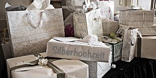 geschenk 20 hochzeitstag top 20 geschenke zur silberhochzeit tipps inspirationen