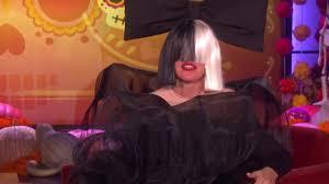 ellen degeneres halloween horror nights andy and ariana grande in ellen u0027s american horror story house