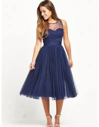 looking for junior prom dresses at a reasonable price
