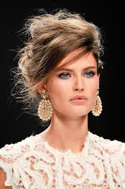 statement earrings how to wear statement earrings with style