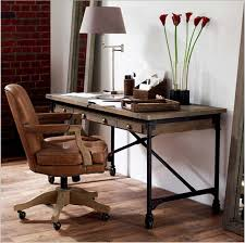 bureau om vintage houten bureau computer bureau om de oude smeedijzeren katrol