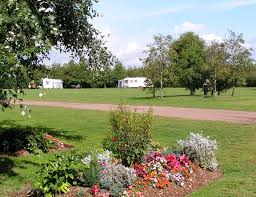 fen farm caravan and camping site colchester essex pitchup com