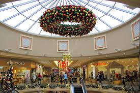 Large Outdoor Chandelier Large Outdoor Commercial Wreaths Downtown Decorations