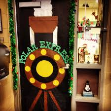 Student Christmas Gift Pinterest Classroom Door Themes 42 Best Decorating Images On Pinterest
