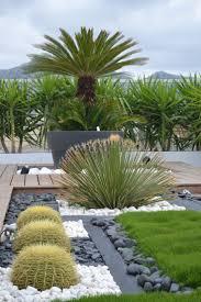 modele de jardin moderne les 25 meilleures idées de la catégorie aménagement paysager