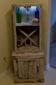 love this wine rack made from old pallets maybe i could get
