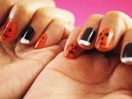 how to do a pumpkin design on your fingernails for halloween