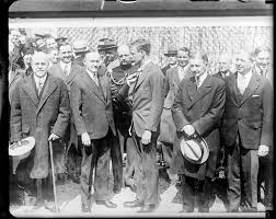 col house pres coolidge presenting col charles a lindbergh with