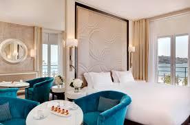 nuit d hotel avec dans la chambre un nouvel écrin pour une nouvelle histoire le grand hôtel