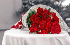 roses bouquet roses designer bunch marigold