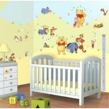 chambre bébé ourson décoration de chambre bébé winnie l ourson beautiful walltastic