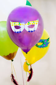 festive mardi gras party balloons diy tutorial hostess with