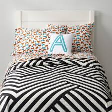 girls quilt bedding black u0026 white geometric quilt the land of nod