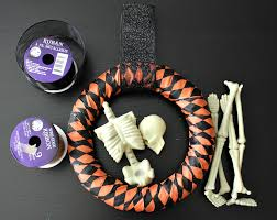 Easy Halloween Wreath by Easy Halloween Decorating Ideas Featuring Dollar Tree Items
