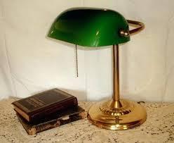 le de bureau verte le de bureau banquier laiton verre vert 100 images le de bureau