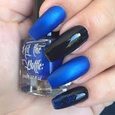 fluid nail design acrylic nails black gel polish cobalt blue nail