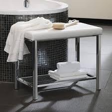 sitzbank für badezimmer badezimmer bank designer badmöbel im raffinierten materialmix
