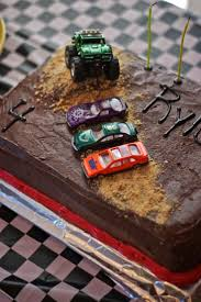 monster truck race track toys 16 best pasteles de carros images on pinterest birthday party