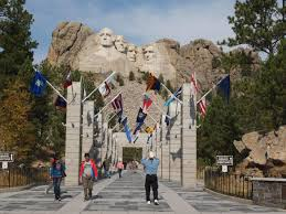 100 hidden room behind mount rushmore about mt rushmore