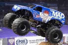 monster truck show nj badass monster trucks are crushing it in new york
