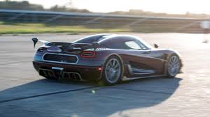 koenigsegg road koenigsegg agera rs smashes bugatti u0027s 0 249mph 0 time top gear