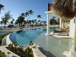 beachfront swim out rooms at secrets cap cana have an infinity