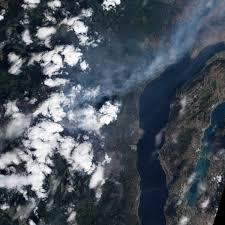 Wildfire Bc Satellite by Wildfire At Okanagan Lake British Columbia Natural Hazards