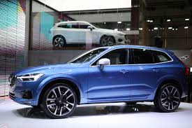 volvo xc60 white first 2018 volvo xc60 rolls off assembly line