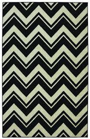 Large Chevron Rug Black And White Chevron Rug 8 10 Roselawnlutheran