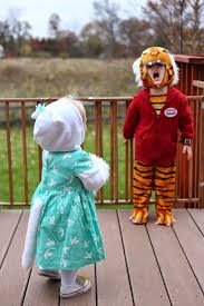 Daniel Tiger Halloween Costume Bowdenisms Costume Week Beautiful Neighborhood