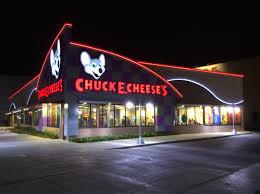 file chuck e cheese s mall aventura plaza trujillo jpg wikimedia