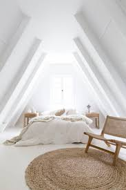 Loft Bedroom Ideas by Best 25 Loft Bedroom Decor Ideas On Pinterest Attic Bedroom