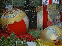 start a new christmas tradition visit the bellagio in las vegas nv