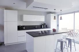 cuisine blanc laqué cuisine blanc laque et gris waaqeffannaa org design d