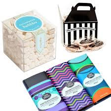 gift bags for wedding guests 10 things to put in your wedding welcome bags instyle