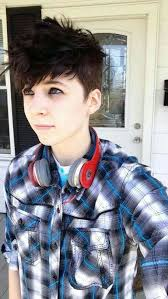 i need a new butch hairstyle jetblueyes queer kid hair pinterest haircut styles