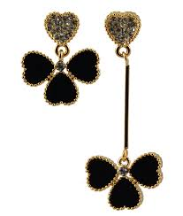 mismatched earrings trend 2015 jewelry trends mismatched earrings enreverie