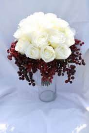 White Roses Centerpieces by Love White Roses Cranberries And Roses Centerpiece